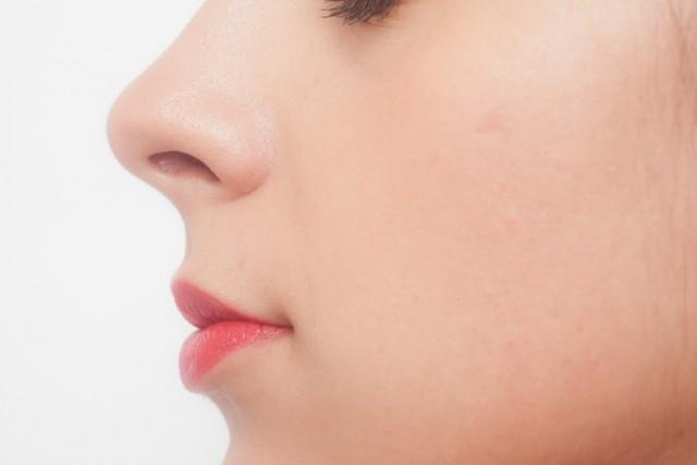 鼻の曲がりは自分で矯正して直せるのか?【自己矯正のやり方と効果】