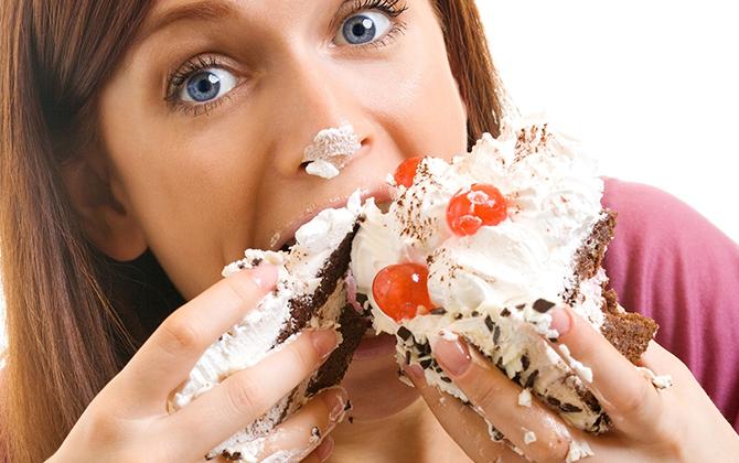 ダイエット中のドカ食いは脂肪が燃焼される最後の悲鳴