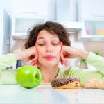 痩せたいけど食べちゃうのはなぜ?ダイエットしたいのに食べちゃう理由